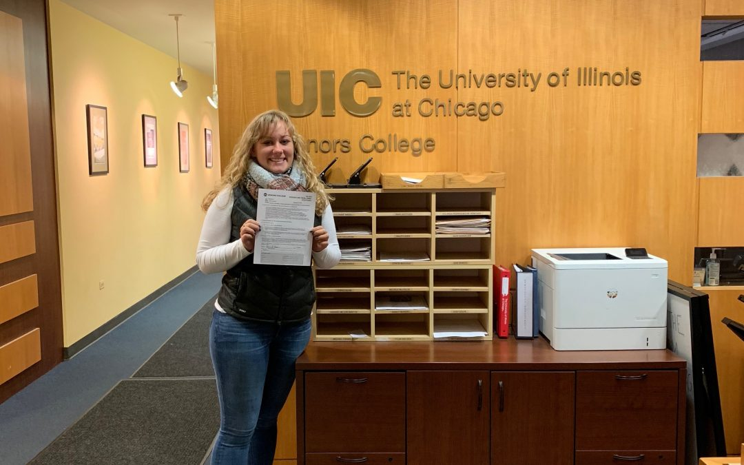 Dianna receives UIC Honors College grant
